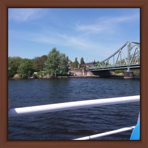 Glienicker Brücke. Gränsövergången.