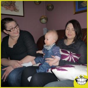 Mamma Linda, vårt barnbarn, Oliver och vårt barnbarn Malin